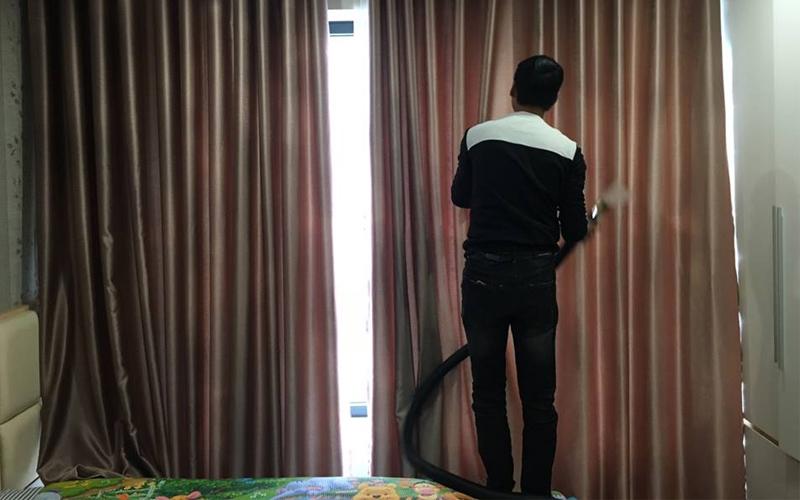 dịch vụ giặt rèm màn